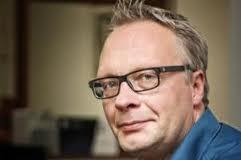 Peter Mertens, inleider in collegereeks Voorwaarts en niet vergeten